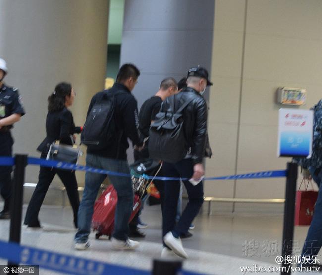 Hoắc Kiến Hoa nổi giận cấm phóng viên chụp hình, Lâm Tâm Như úp mở sẽ hạ sinh tiểu công chúa - Ảnh 4.