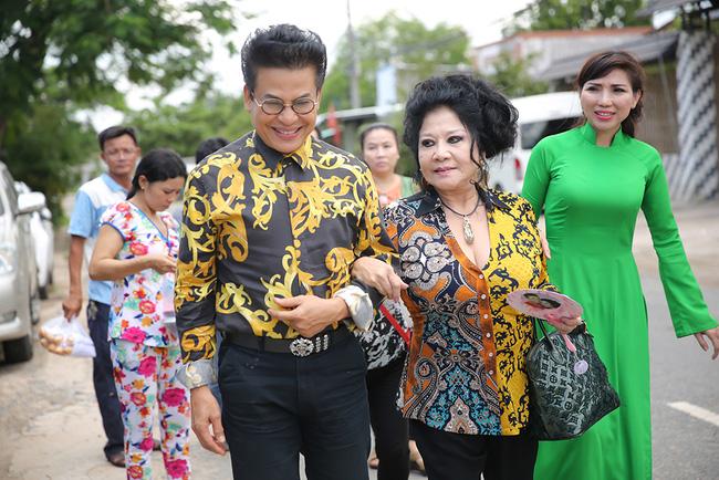 Nghệ sĩ Xuân Hương mong vợ của Thanh Bạch sẽ không phải chịu cảnh làm bức bình phong - Ảnh 4.