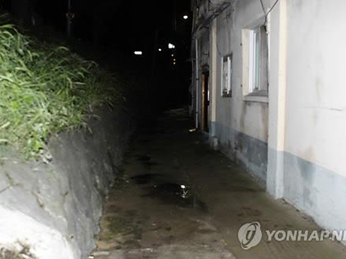Hai vụ ấu dâm chấn động Hàn Quốc: 1 được dựng thành phim, 1 khiến tổng thống phải nói lời xin lỗi - Ảnh 4.