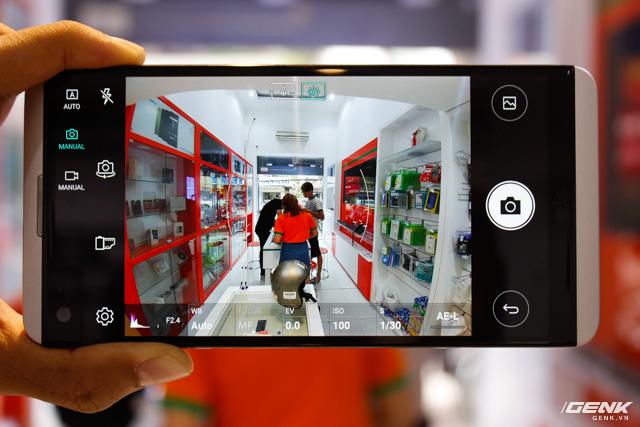 Trên tay siêu phẩm LG V20 tại Việt Nam: ngoại hình cứng cáp hơn, trang bị camera kép, giá gần 17 triệu đồng - Ảnh 4.