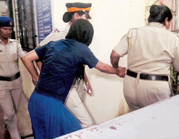 Tình tiết gây sốc về vụ án nữ tỷ phú Ấn Độ xinh đẹp giết con gái ruột vì sợ phân chia tài sản - Ảnh 5.