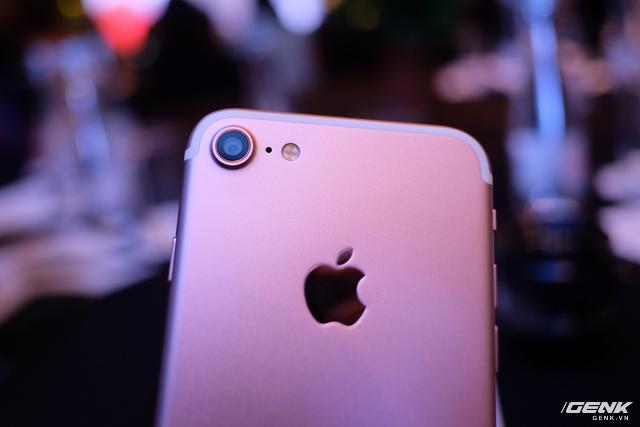 Cảnh báo: iPhone 7 giả đã len lỏi đến thị trường Việt Nam, giá chỉ 2,5 triệu VNĐ, chạy Android nhái iOS như thật - Ảnh 8.