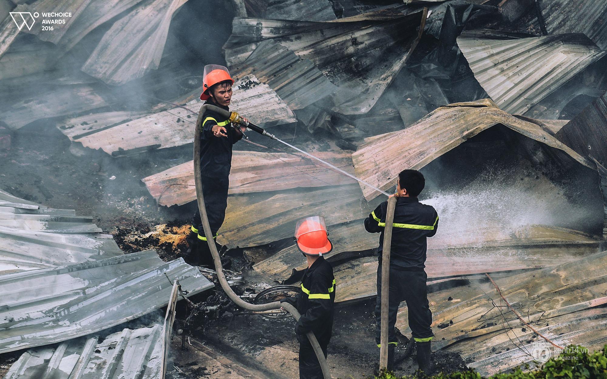 Năm 18 tuổi – Nếu được chọn, bạn có theo nghề lính cứu hỏa như những chàng trai dũng cảm này không? - Ảnh 7.