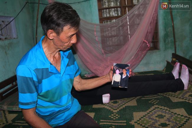 Gặp lại dị nhân Quảng Nam 13 năm vẫn ôm bức tượng chứa thi hài của vợ để ngủ - Ảnh 6.