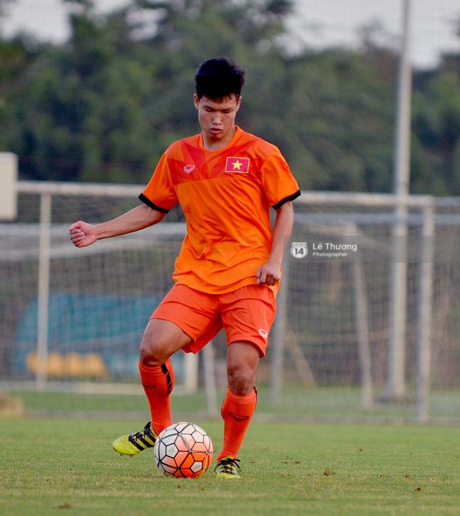 Cầu thủ HAGL bị đuối khi tập cùng các cầu thủ U19 Việt Nam - Ảnh 9.