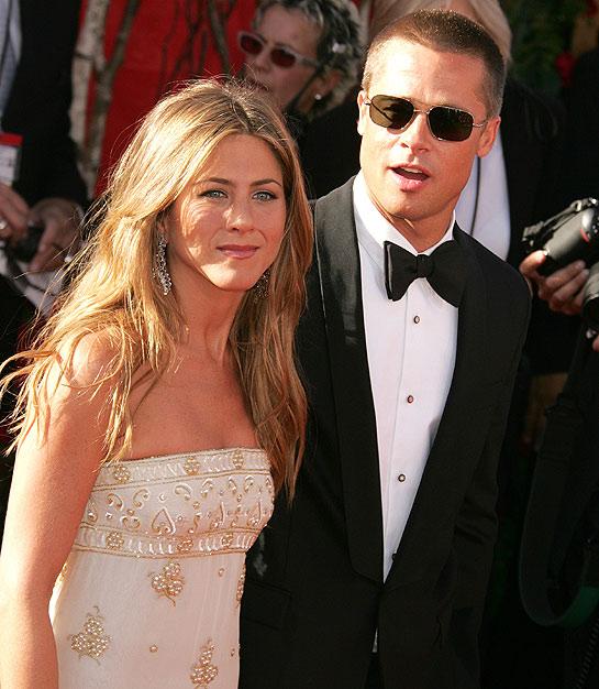 Jennifer Aniston bức xúc khi bị nhục mạ vì cuộc ly hôn với Brad Pitt - Ảnh 1.
