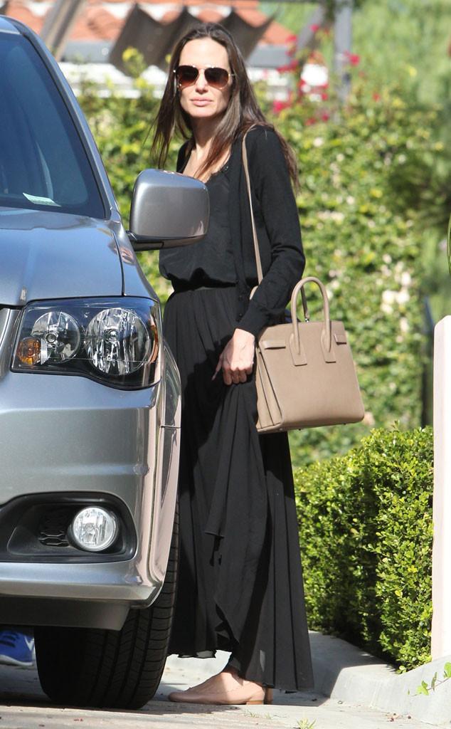 Angelina Jolie giờ đây chỉ còn 34 kg dù cao gần 1m70? - Ảnh 15.