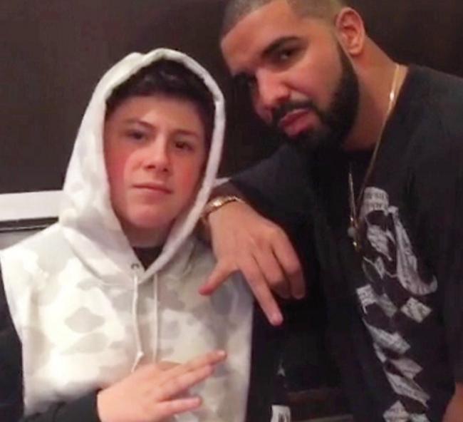 16 tuổi kiếm được hơn 22 tỷ đồng - Chỉ nhờ bán sneaker hiếm mà cậu bé này đã phát tài! - Ảnh 6.