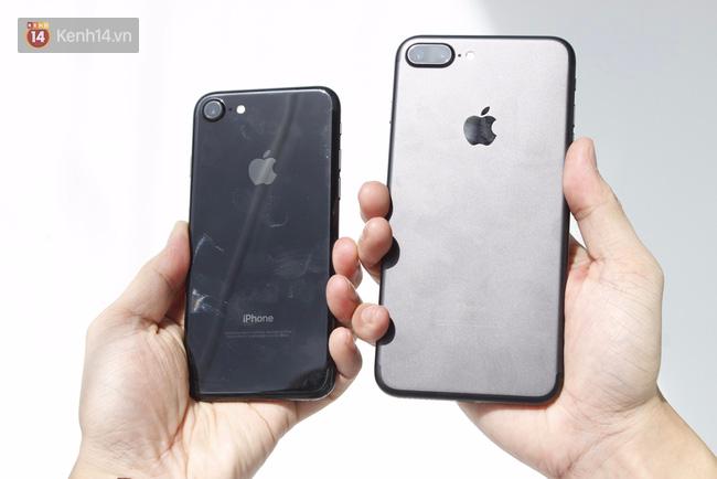 Loạt ảnh này sẽ khiến bạn bỏ ý định mua iPhone đen bóng ngay lập tức - Ảnh 1.