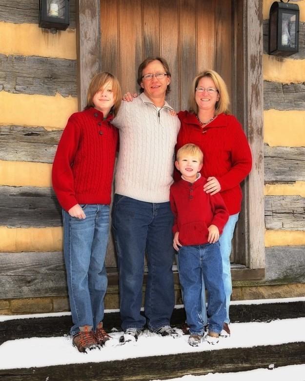 Vụ án cậu bé 14 tuổi bắn chết mẹ và em trai rồi đổ tại bố gây chấn động Mỹ - ảnh 3