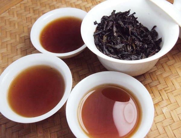 Vì lí do gì mà ấm trà này lại có giá hơn 200 triệu đồng? - Ảnh 3.