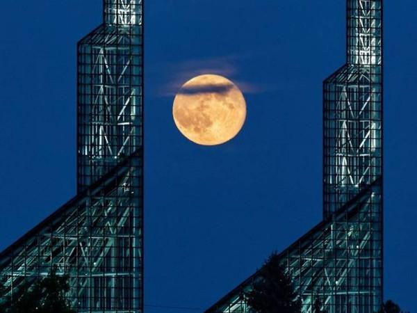 Những địa điểm tốt nhất để ngắm siêu trăng thế kỷ ngày 14/11 này - Ảnh 7.