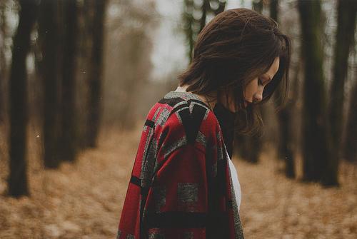 Hãy mạnh mẽ như cô gái này, mặc chiếc váy người yêu cũ mua bằng tháng lương đầu tiên tới dự đám cưới... anh ấy - Ảnh 2.