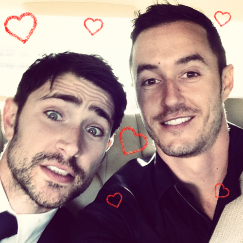 4 cặp đôi đồng tính nam vừa đẹp, vừa bền nổi tiếng nhất mạng xã hội - Ảnh 17.