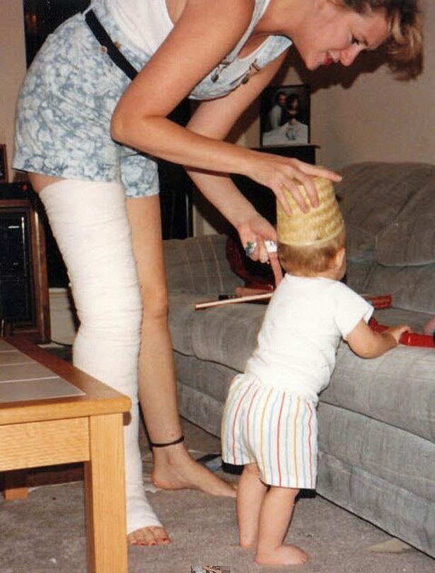 Cái kết có hậu cho người phụ nữ suốt 20 năm sống với mặc cảm chân to, chân bé - Ảnh 3.
