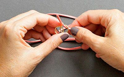 Ai mê đồ handmade thì thử ngay cách đan vòng tay cực cá tính này - Ảnh 3.