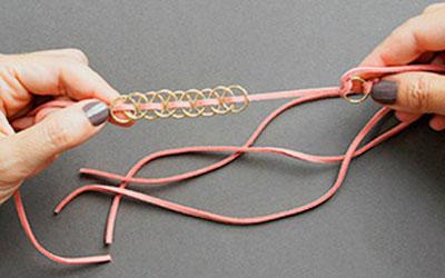 Ai mê đồ handmade thì thử ngay cách đan vòng tay cực cá tính này - Ảnh 5.
