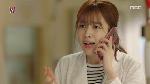 """Suzy và Han Hyo Joo: Em """"đơ toàn tập"""", chị """"cố quá thành quá cố"""" - Ảnh 10."""