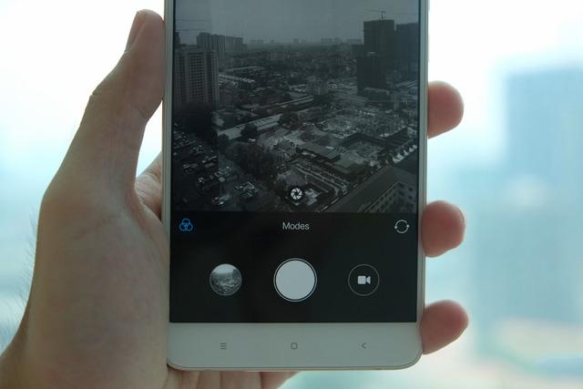 3 smartphone xách tay hấp dẫn tại Việt Nam đầu tháng 10 - Ảnh 2.