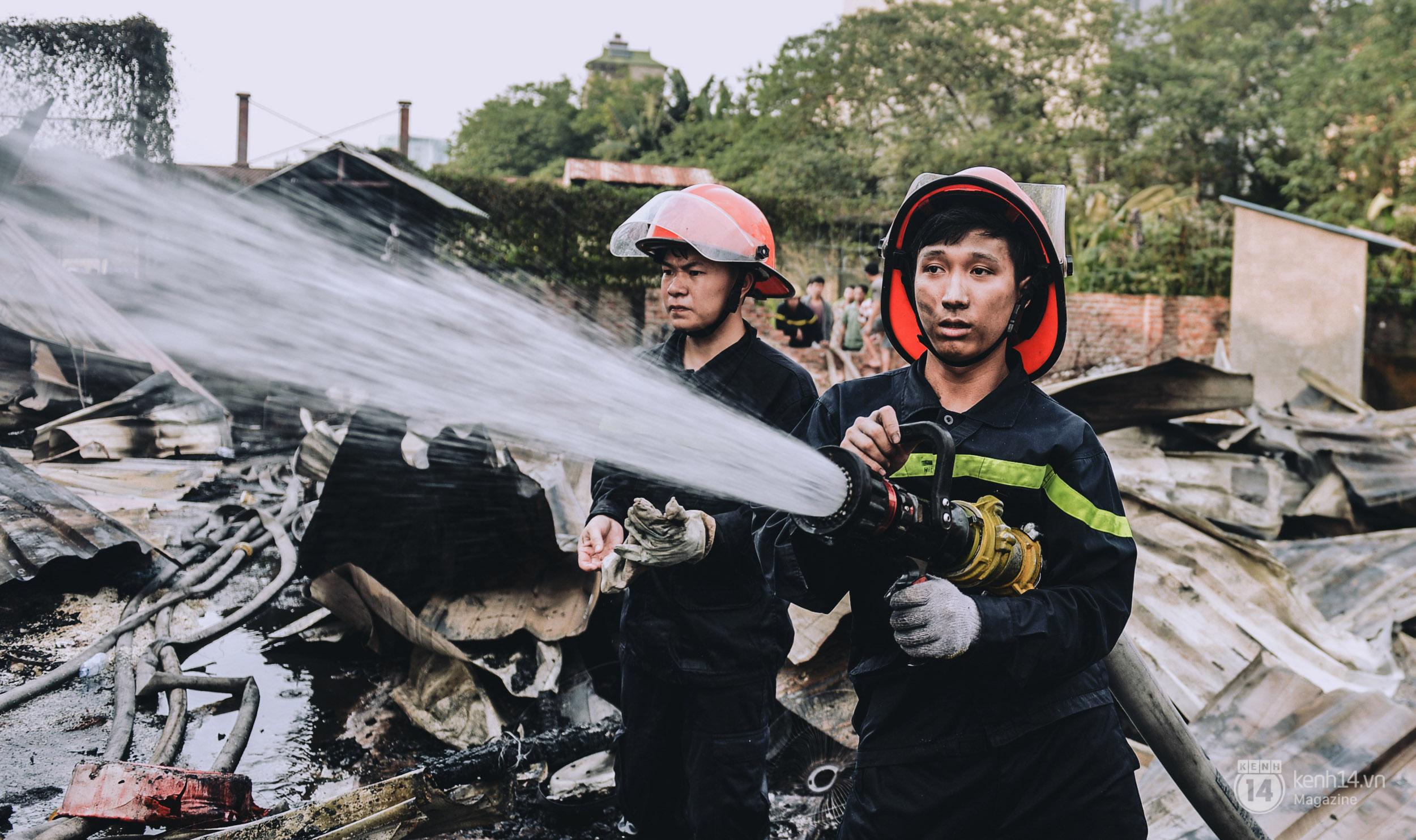 Chuyện về những người lính cứu hỏa không sợ chết, chỉ sợ không cứu được người - Ảnh 13.