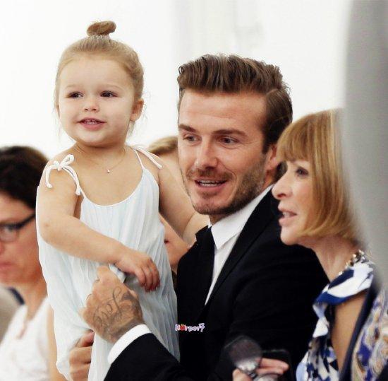 Harper Beckham: Công chúa tí hon trong vòng tay bố khiến cả thế giới phát cuồng giờ đã thành cô bé 6 tuổi phổng phao! - Ảnh 15.