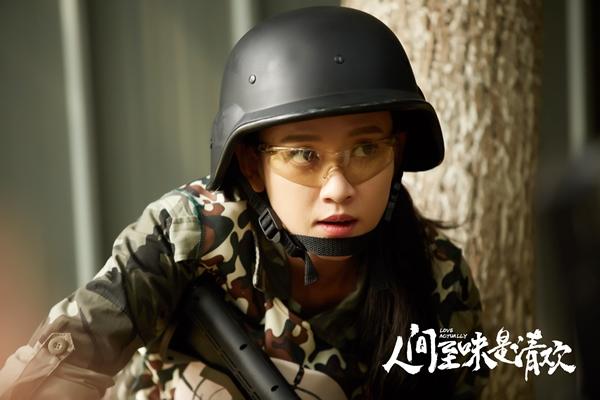Đạo diễn Hoàng Tử Ếch hô biến Trần Kiều Ân thành thiếu nữ vui vẻ - Ảnh 3.