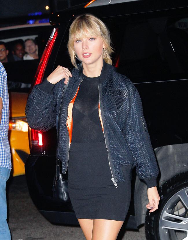 Lâu ngày mới xuất hiện, vòng 1 của Taylor Swift lại phổng phao hơn trước - Ảnh 9.