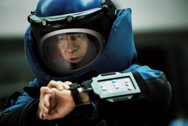 """Phim của Lưu Đức Hoa bám sát đối thủ tốc độ """"Fast & Furious 8"""" - Ảnh 5."""
