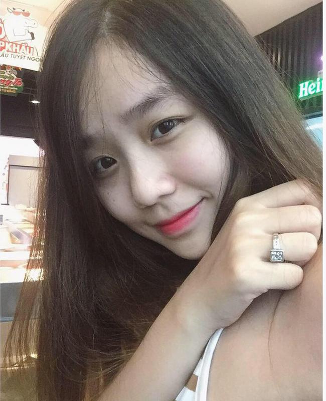 3 cô bạn gái xinh như hot girl của nam ca sĩ Việt - Ảnh 17.