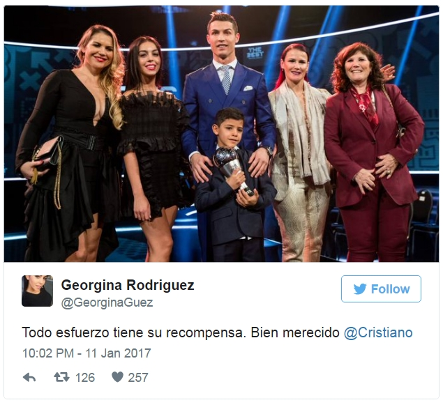 Mở tài khoản Twitter, Georgina Rodriguez khen Ronaldo đầu tiên - ảnh 2