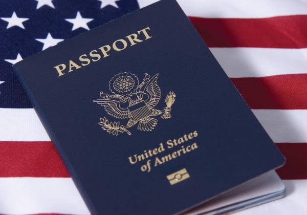 Bí mật về màu sắc của những cuốn hộ chiếu trên thế giới - Ảnh 1.
