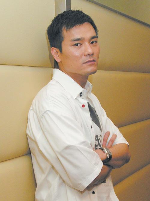 5 diễn viên TVB vượt khó, đi lên từ vai phụ! - Ảnh 1.
