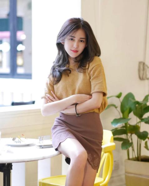 Hot girl số 1 Malaysia có khác, ăn gì mà mặt xinh - dáng chuẩn quá trời! - Ảnh 13.