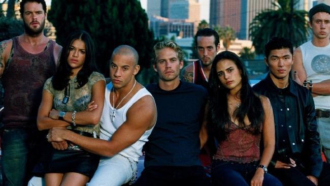Nhìn lại sự tiến hóa của Hollywood qua từng phần phim Fast & Furious - Ảnh 1.