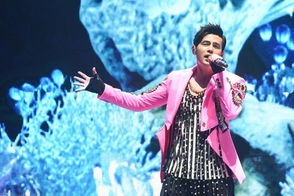 Concert khó mua vé nhất hành tinh của Châu Kiệt Luân bị chợ đen rao giá cao gấp 10 lần - Ảnh 1.