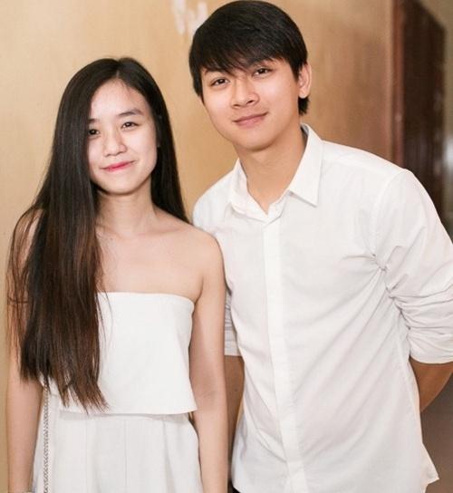 Hoài Lâm hạnh phúc đón tuổi 22 bên vợ tương lai - Ảnh 2.