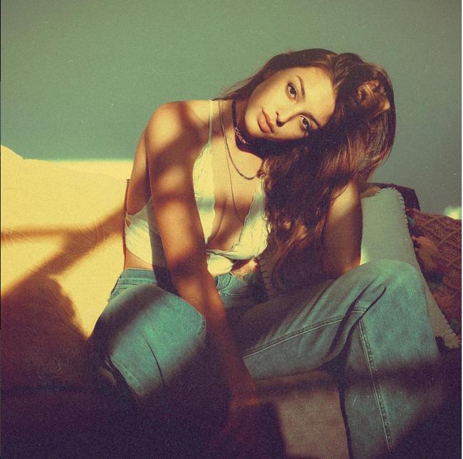 Ngày mai (28/4), Celine Farach - cô nàng sexy nhất mạng xã hội sẽ có mặt ở Sài Gòn! - Ảnh 11.