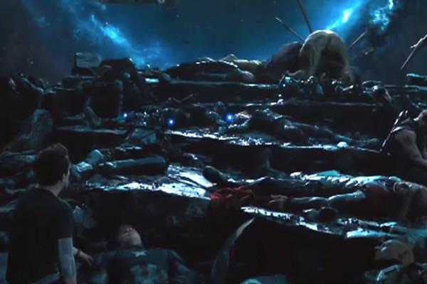 10 khoảnh khắc đen tối nhất trong Vũ trụ điện ảnh Marvel - Ảnh 19.
