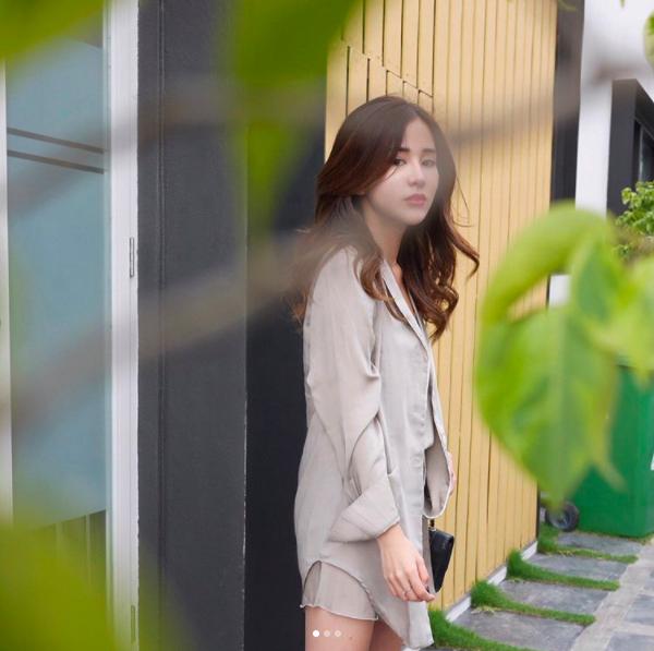 Hot girl số 1 Malaysia có khác, ăn gì mà mặt xinh - dáng chuẩn quá trời! - Ảnh 15.