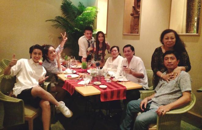 Chi Pu và mẹ đi du lịch Hàn Quốc cùng gia đình Gil Lê - Ảnh 2.