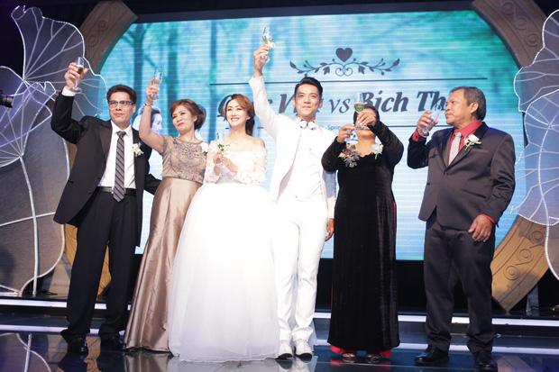 Điểm lại những đám cưới xa hoa, đình đám trong showbiz Việt khiến công chúng suýt xoa - Ảnh 15.