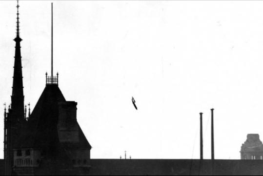Chùm ảnh: Những bức ảnh lịch sử quan trọng tưởng chừng như bị bỏ quên trong quá khứ - Ảnh 25.