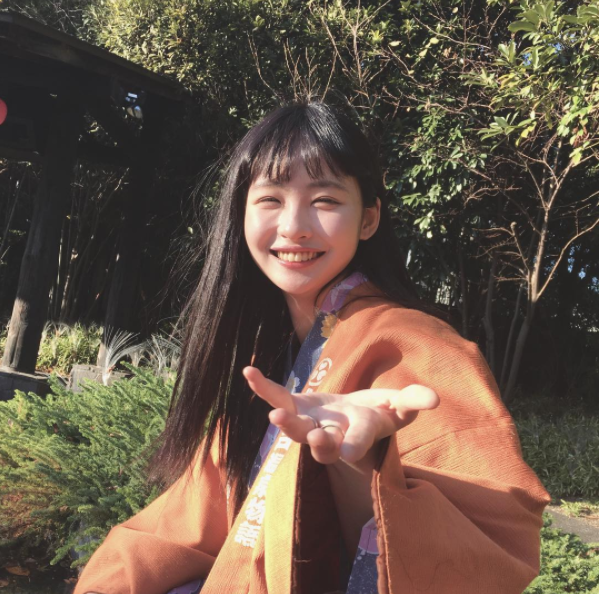 Để tóc Bok Joo, ảnh nào cũng cười híp hết cả mắt - ngắm cô bạn Hàn Quốc này thấy vui ghê! - Ảnh 17.