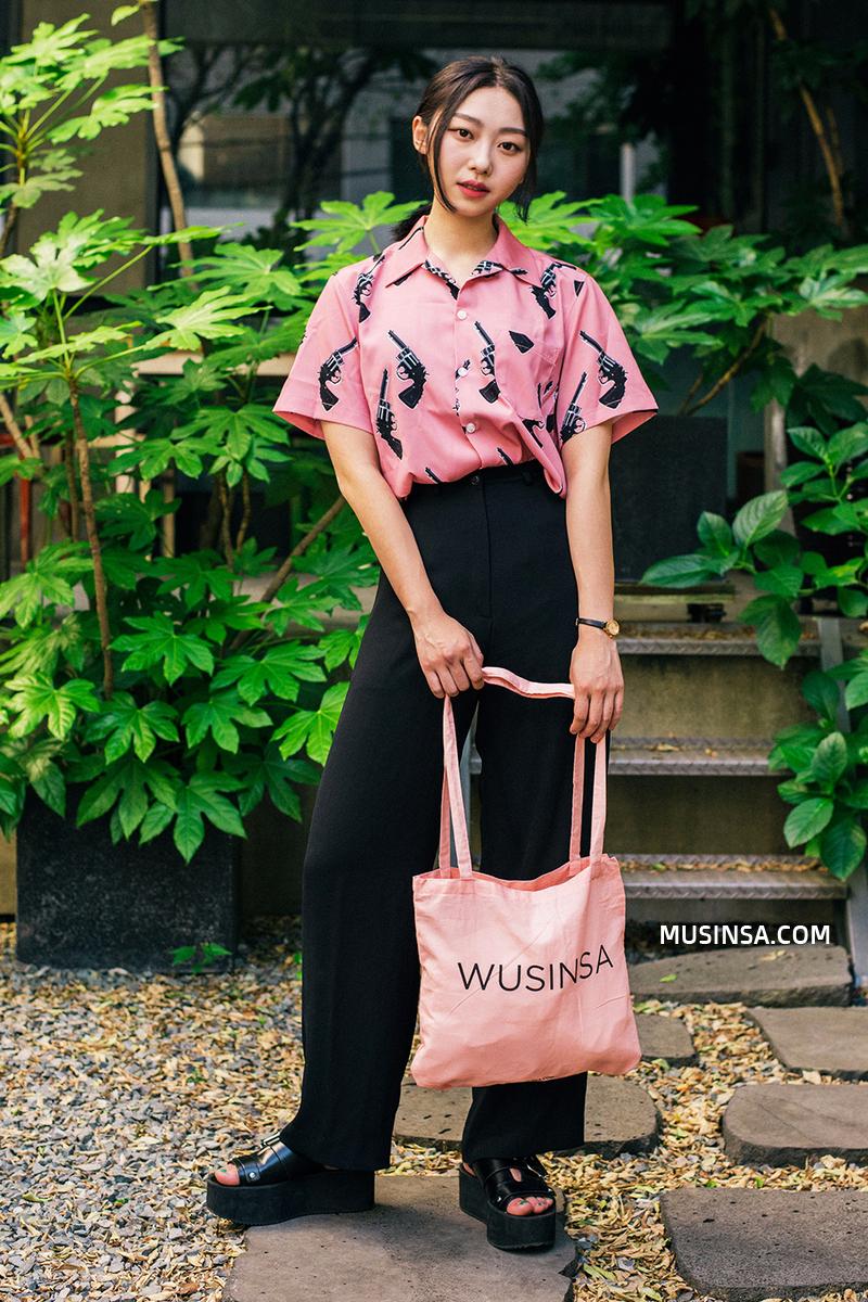 Thời trang: Mùa hè phải diện đồ vừa xinh vừa năng động như giới trẻ Hàn mới là chuẩn!