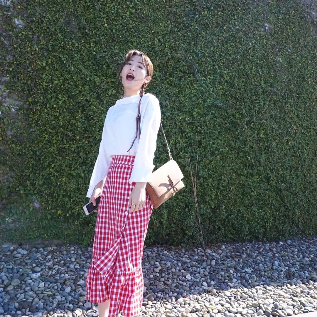 Thời trang: Được các nàng sành mặc lăng xê, xu hướng họa tiết