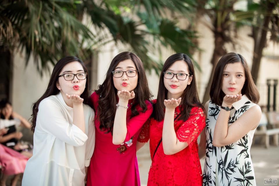 Sao Trẻ: 9X xinh đẹp tốt nghiệp thủ khoa với số điểm tuyệt đối, được loạt công ty