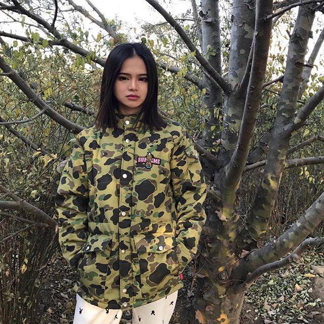 Feifei - cô nàng 20 tuổi được bố mẹ cho hơn 200 triệu đồng/tháng chỉ để mua đồ streetwear - Ảnh 11.