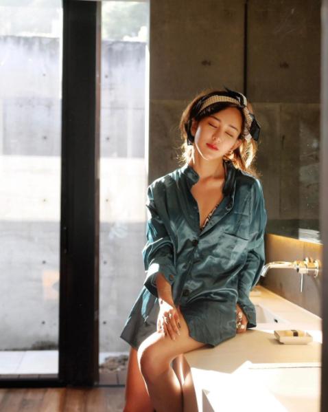 Hot girl số 1 Malaysia có khác, ăn gì mà mặt xinh - dáng chuẩn quá trời! - Ảnh 20.