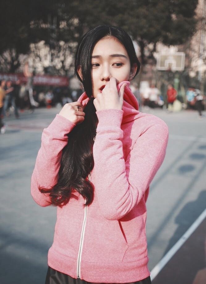 Sao Hoa Ngữ: So sánh phong cách 4 đàn em của Dương Mịch, Phạm Băng Băng, Angela Baby, Đường Yên: người thướt tha yểu điệu, người sang chảnh ấn tượng