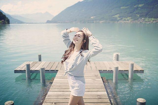 Nữ hoàng dao kéo Park Min Young đẹp động lòng người trong ảnh du lịch Thụy Sĩ - Ảnh 2.